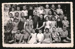 Учениците од четворто одделение во Лешок