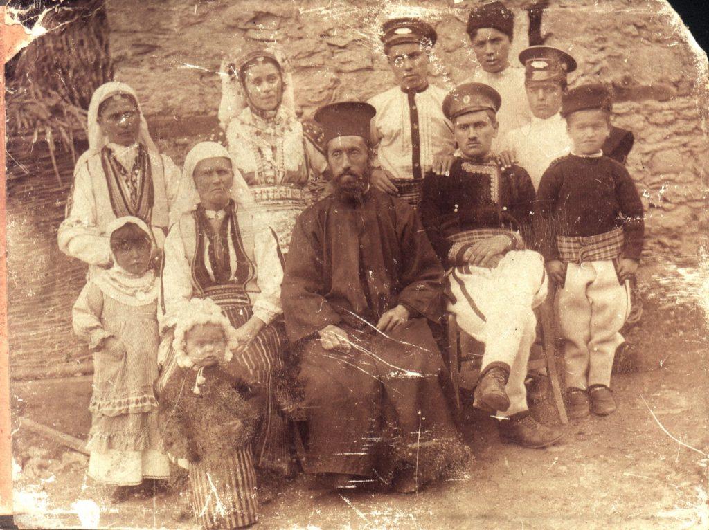 Свадба на Трпо и Цвета Онуфриевски од  Лешок, Македонија, Лешок 21 Јули 1917